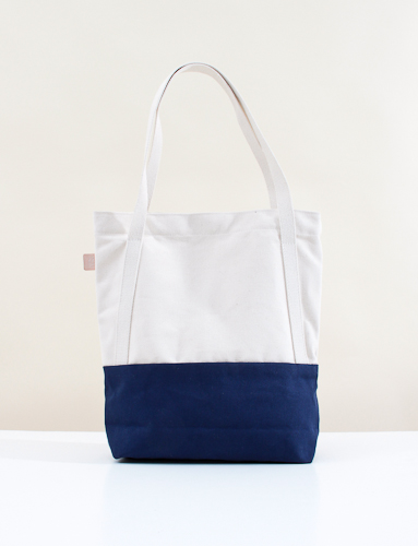 Joshu Vela Two Tone Tote Natural Navy