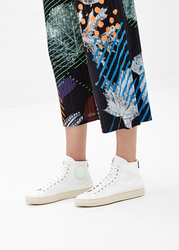 Totokaelo Woman By Common Projects White Tournament Leather High