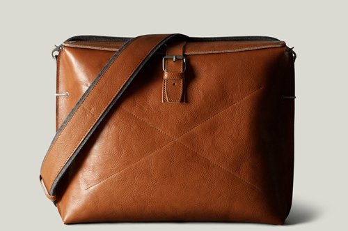 Practical Leather Messenger Style Work Satchel For Your Daily Essentials. Handmade In Italy Hard Graft