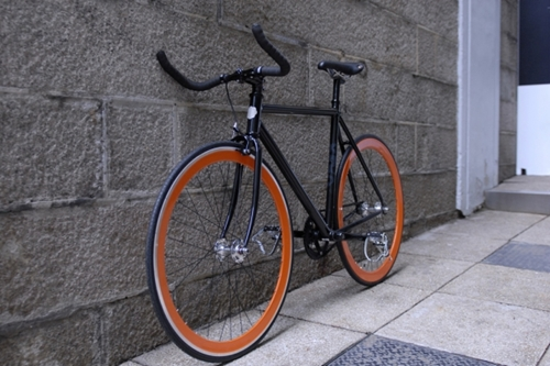 Shanghai Tang x Colossi Cycling Fixed Gear Bicycles Hypebeast