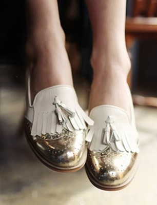Gold tipped tassel loafers by Dholic AnOther Loves
