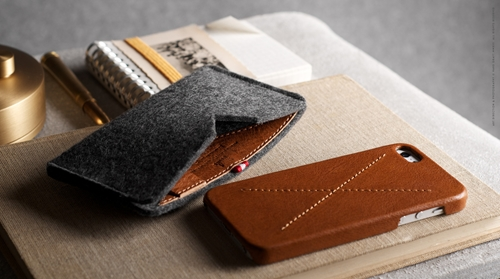 Leather Iphone Bumper Case With Wool Felt Cover Hard Graft