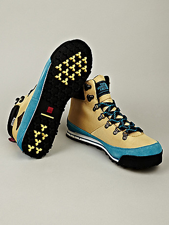 The North Face Men s Back to Berkeley Hiking Boots in yellow blue at oki ni