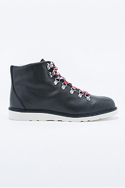 Ransom Alpine Boots In Black