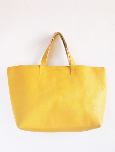 Tote bag by Bobo Choses Buisjes en Beugels Fashion Design and Paraphernalia for Family Life