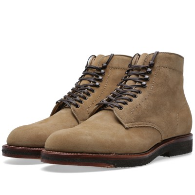 Alden Crepe Sole Plain Toe Boot Tan Suede