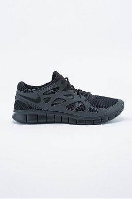 Nike Free Run 2 Trainers In Black