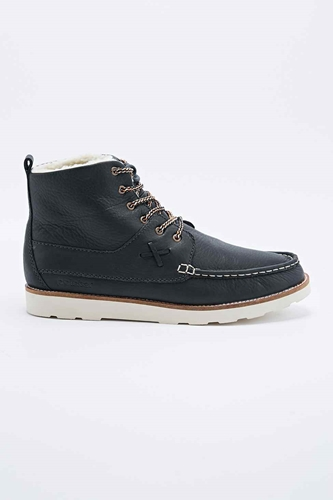 Pointer Calum Boots In Black Urban Outfitters