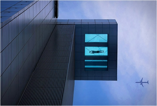 GLASS BOTTOM POOL HOLIDAY INN SHANGHAI