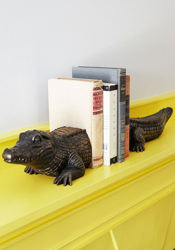 What's Up Croc Bookends Mod Retro Vintage Desk Accessories Modcloth.Com