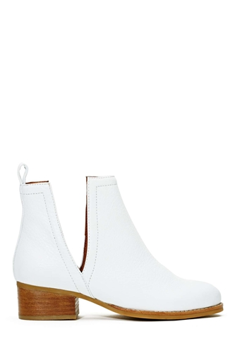 Jeffrey Campbell Oriley Ankle Boot White At Nasty Gal