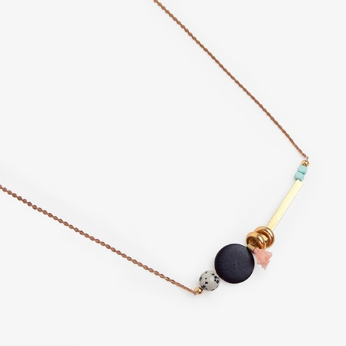 Dot Tassel Necklace Poketo