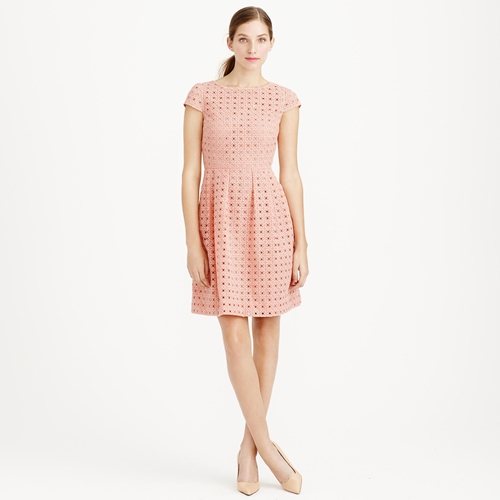 Class to night out: eyelet