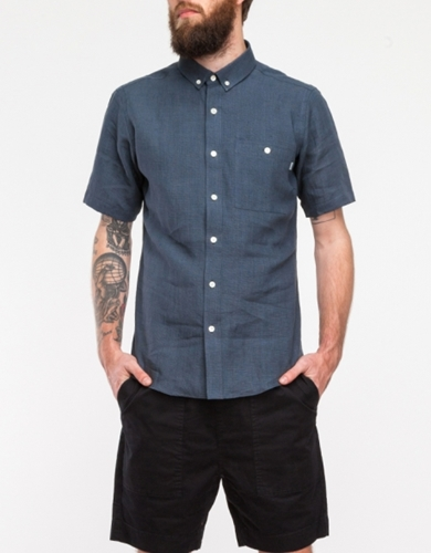 Short Sleeve Button Collar