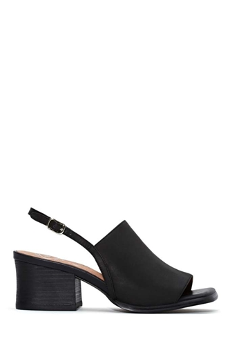 Jeffrey Campbell Loring Leather Sandal Shop Shoes At Nasty Gal