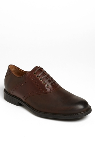 Ecco Wingtip Shoes Slip Resistant