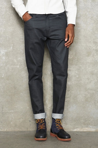 Urban Outfitters Levi s Monochrome Anthracite Tapered 520 Jeans