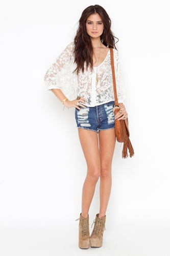Juliet Lace Blouse in Sale at Nasty Gal