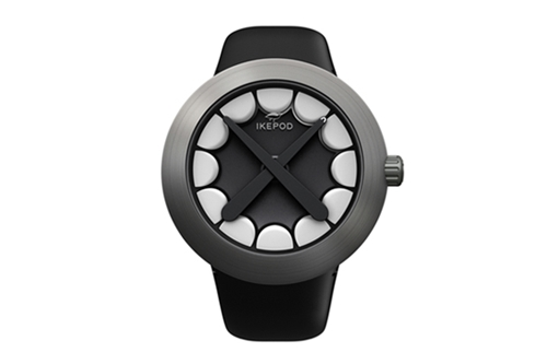 KAWS x Ikepod Horizon Wristwatch Hypebeast