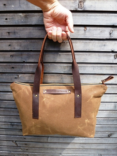 Waxed canvas bag carry all with leather handles by treesizeverse
