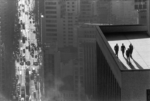 The Rene Burri Interviews 1 Men On A Rooftop Photography Agenda Phaidon