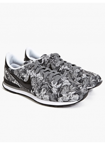 Nike Men's Tropical Print Internationalist Gpx Sneakers Oki Ni
