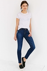 Bdg Twig Mid Rise Jean Worn In Indigo Light Blue