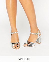 New Look Wide Fit Metallic Glitter Block Heeled Sandal Silver