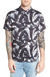 Men's Native Youth Trim Fit Short Sleeve Print Woven Shirt