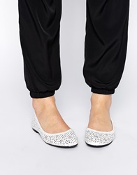 Oasis Lazer Cut Out Ballerina Flat Shoes White