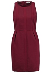Kiomi Shift Dress Bordeaux