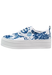 Eleven Paris Sky Trainers White Blue