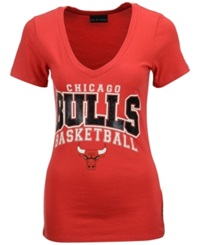 5Th And Ocean Women's Chicago Bulls Foil V Neck T Shirt Red