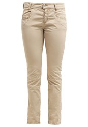 M A C Mac Carrie Pipe Trousers Sand