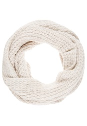 Miss Selfridge Eyelash Snood White Off White
