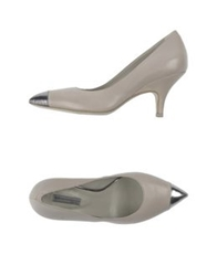 Vic Pumps Light Grey