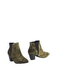 Shoe The Bear Ankle Boots Platinum