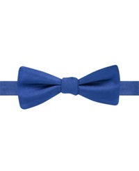 Ryan Seacrest Distinction Solid Pre Tied Bow Tie Navy