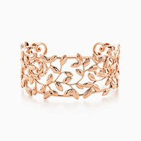 Tiffany And Co. Paloma Picasso Olive Leaf Cuff In 18K Rose Gold Medium. No Gemstone