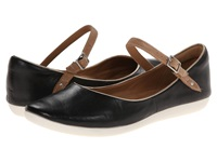 Clarks Feature Film Black Leather Women's Flat Shoes