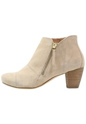 Pier One Ankle Boots Beige