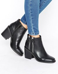 London Rebel Boots With Double Side Zip Black Pu