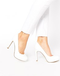 New Look Regality White Heeled Court Shoes