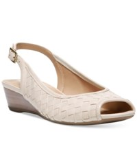 Naturalizer Canera Sandals Women's Shoes Ivory