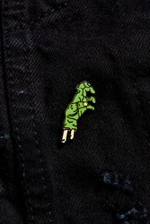 Urban Outfitters Uo Severed Hand Pin Green