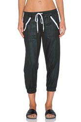 Dwp Brandy Crop Jogger Black