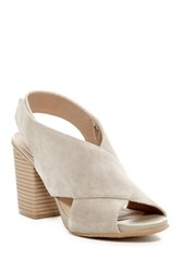 Kenneth Cole Reaction 7 Frida People Chunky Sandal Beige