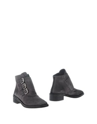 Rebeca Sanver Ankle Boots Brown