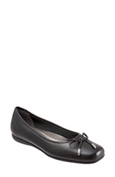 Trotters 'Sante' Flat Women Black Leather