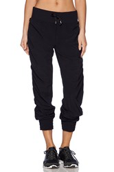 Lorna Jane Weekender Full Length Pant Black